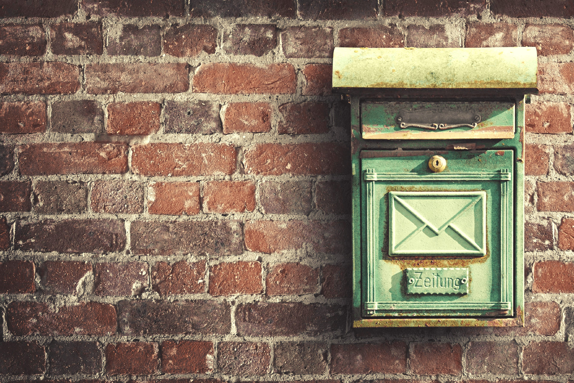 This image displays an email box and portrays the relevance that strategic marketing has for nonprofit fundraising